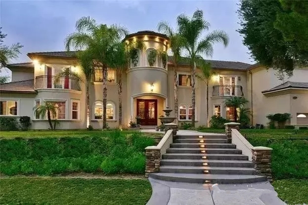 Los Angeles Superior new independent luxury gated community
